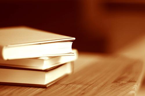 Curso online grátis de Edição de Livros