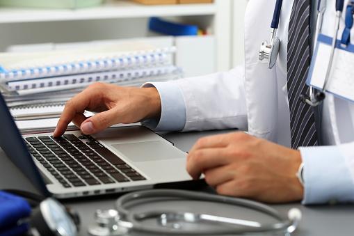 Curso online grátis de O Assistente Social no Serviço de Saúde