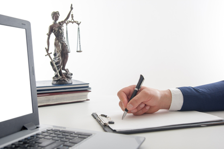 Curso online grátis de Noções sobre Estatuto da OAB e Ética Profissional