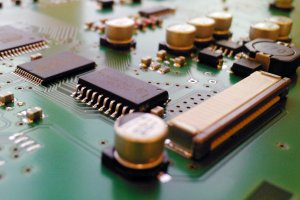Curso online grátis de Noções Básicas de componentes Eletrônicos