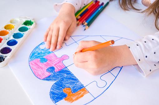 Curso online grátis de Cuidador de Crianças com Necessidades Especiais