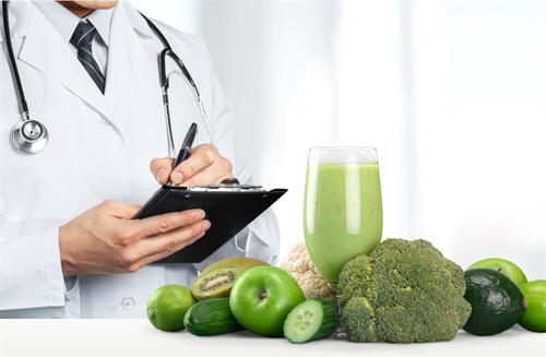 Curso online grátis de Atendente em Nutrição e Dietética