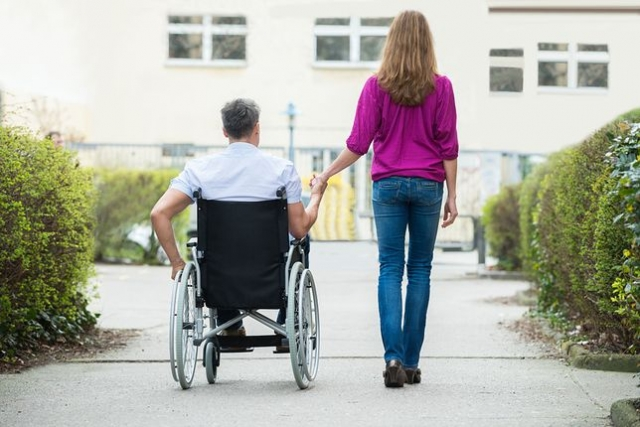 Curso online grátis de Cuidador de Pessoa com Deficiência Física