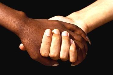 Curso online grátis de Trabalho Social e Racial